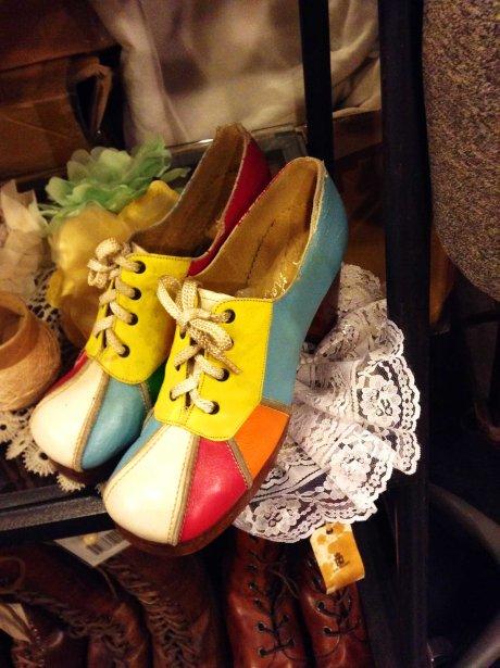 petite clown shoes